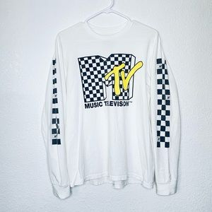 MTV Classic Checkered Logo Long Sleeve Graphic Tee